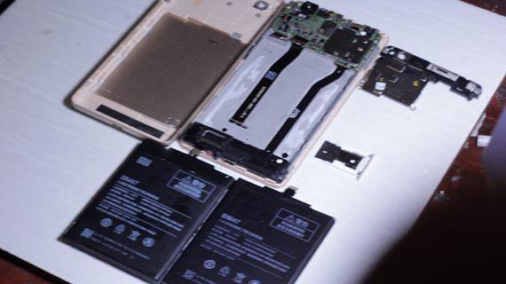 Penggantian Baterai Handphone Xiaomi Redmi 4
